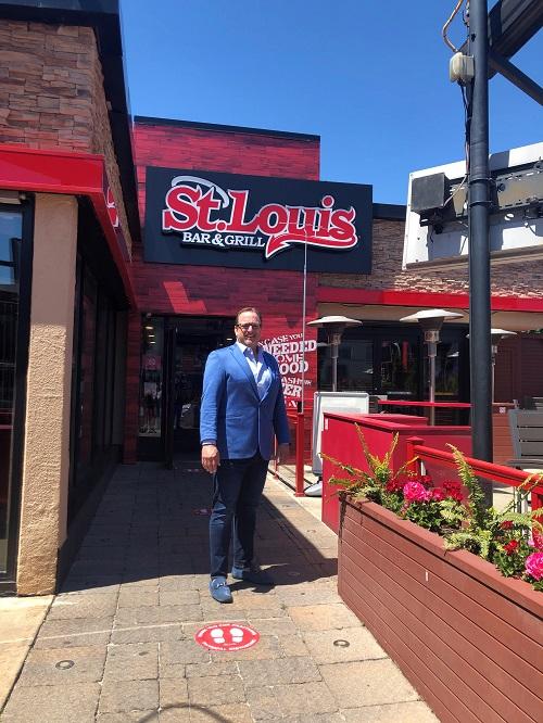 Brent Poulton CEO St. Louis Bar & Grill