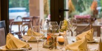 Five elements of restaurant ambience