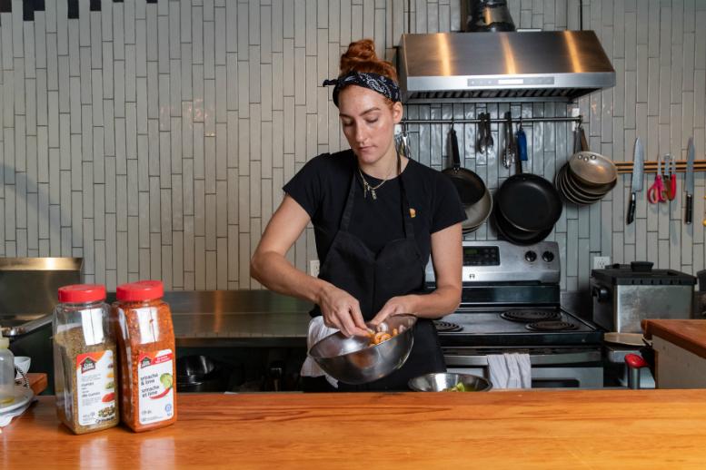 A Food Guide To Kitchen Customer Relationships Restobiz