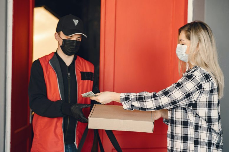Restaurants can learn from the pizza chain delivery model